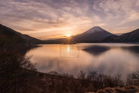 Lake Motosu and Mount Fuji at early morning in winter season