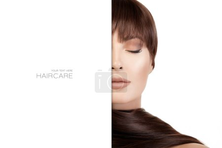 schöne Frau mit hellem Make-up und langen, glänzenden Haaren