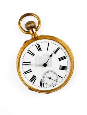 Photo pour Vintage montre de poche dorée isolé - image libre de droit