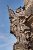 Detail barokní sloupce v Olomouci. Klasická barokní umělecké dílo. Detail sochy