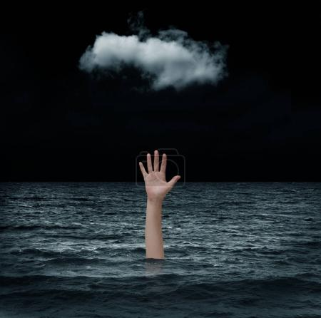 Photo pour Un homme noyé dans la mer - image libre de droit