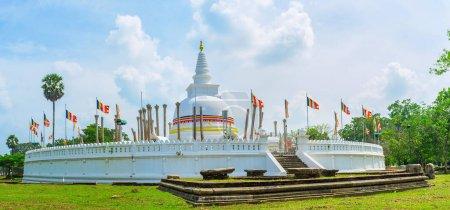 Le vieux Thuparamaya Dagoba
