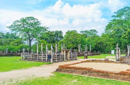 L'ancienne maison de Statue à Polonnaruwa
