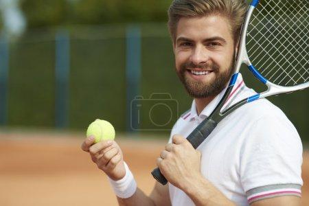Sportsman playing tennis