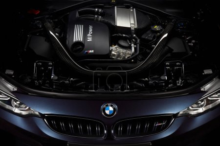 Engine of BMW M3 30 Jahre Edition - Limited edition 500 car, Kat