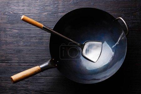Wrought-iron wok pan
