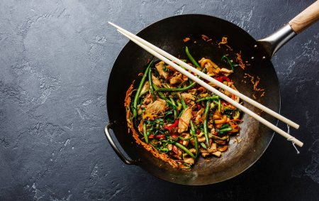 Stir fry chicken with peppers