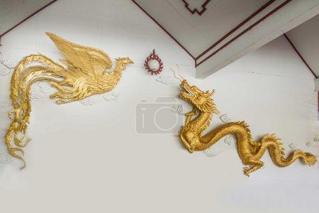 Der chinesische Drache und Phönix