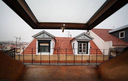 Mansard or skylight window