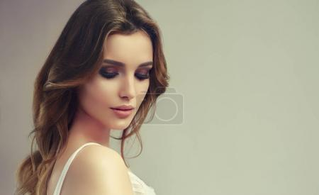 model girl with long  curly hair