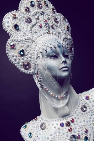 Mannequin in creative crown