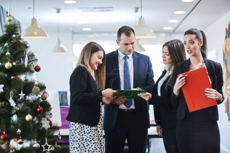 Photo for Business people in modern office - Royalty Free Image