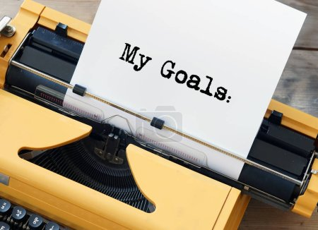 En anglais - My Goals - sur feuille blanche en jaune vintage machine à écrire