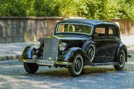 Old retro car Mercedes Benz