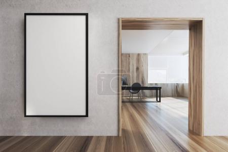 Foto de Interior oficina de CEO con un suelo de madera, un cartel en una pared blanca y una mesa. Render 3D mock up - Imagen libre de derechos