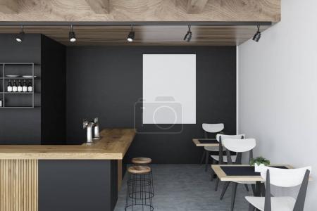 Photo pour Intérieur de bar noir avec un sol en béton, un bar en bois et des rangées de tabourets près de lui et une affiche sur le mur. Tables blanches et noires avec chaises. Modélisation de rendu 3d - image libre de droit