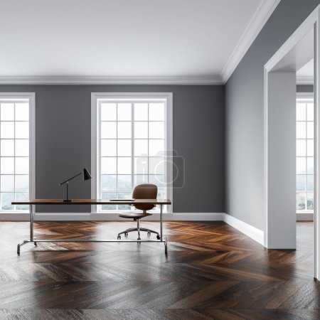 Photo pour Intérieur de bureau mural gris avec un plancher en bois, de grandes fenêtres, une porte et une table avec une chaise de bureau debout à côté. Modélisation de rendu 3d - image libre de droit