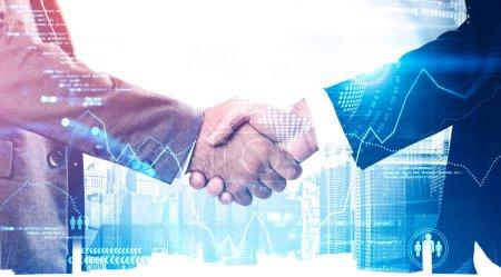 Photo pour Deux hommes d'affaires méconnaissables serrant la main en ville avec une double exposition d'une grosse interface de données. Concept de partenariat et de démarrage de haute technologie. Image tonique - image libre de droit