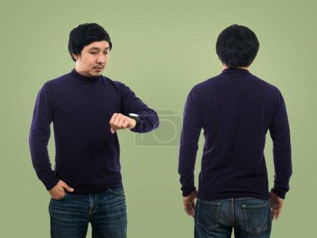 guy wearing long t-shirt