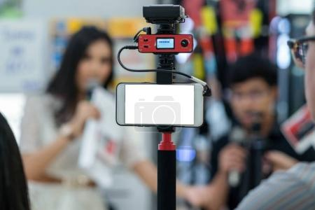 smart mobile phone taking Live