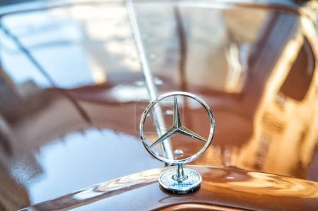 Mercedes Benz Sign or logo Close Up