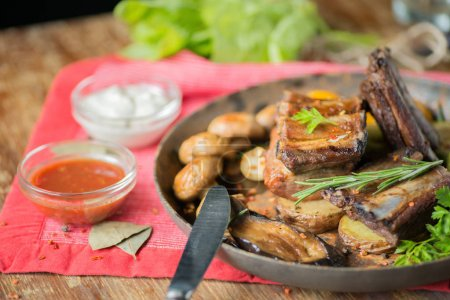 Ribs grilled in a frying pan