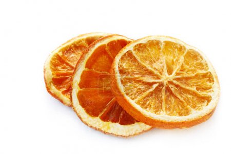 Photo pour Tranches d'orange séché isolées sur fond blanc - image libre de droit
