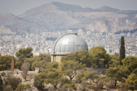 Photo pour Bâtiment de l'Observatoire la colline des nymphes Thissio, Athènes, Grèce - image libre de droit