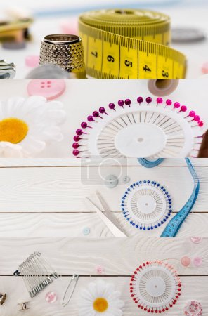 Photo pour Collage de bobines de fil de coton coloré et tissu, concept de couture - image libre de droit