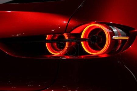 Photo pour Image de feu arrière de voiture cool - image libre de droit