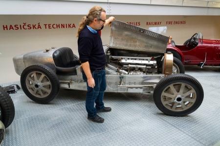 Open motor bonnet of Bugatti