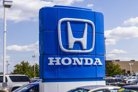 Indianapolis - Circa September 2017: Honda Motor Co. Logo and Sign. Honda Manufactures Among the Most Reliable Cars in the World VII