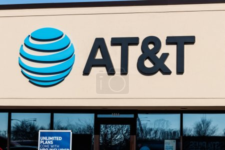 Muncie - Circa January 2018: AT&T Mobility Wireless Retail Store. AT&T now offers IPTV, VoIP, Cell Phones and DirecTV