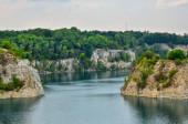 """Постер, картина, фотообои """"Красивой карьеров с голубой водой. Водохранилище Zakrzowek в Кракове, Польша."""""""