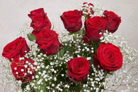 Photo pour Beau bouquet de roses rouges - image libre de droit