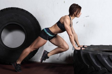 Push up on a tire training