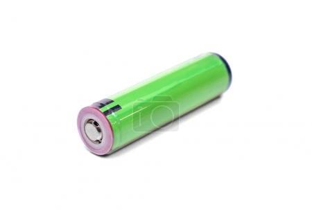 Photo pour Batterie rechargeable verte isolée sur fond blanc - image libre de droit