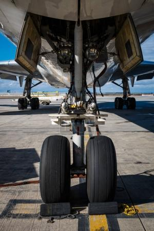 Detail of nose landing gear of big airplane