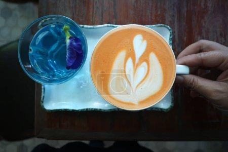 Photo pour Thé au lait, thé thaï ou thé au lait thaï - image libre de droit