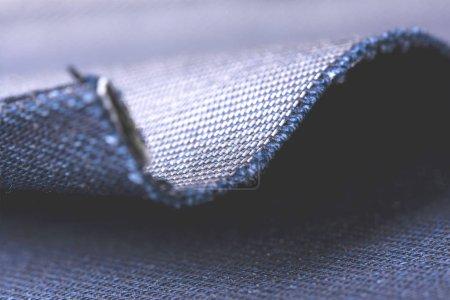 Photo pour Texture denim avec pli élégant et place pour le texte. - image libre de droit