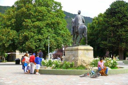 Photo pour Ushuaia, Argentine, parc, vue sur monument - image libre de droit