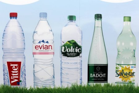 Bottled water brands in France