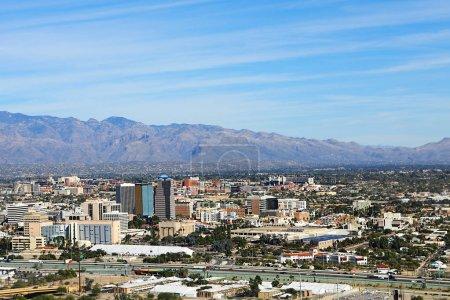 Foto de Una vista aérea de la ciudad de Tucson, Arizona - Imagen libre de derechos