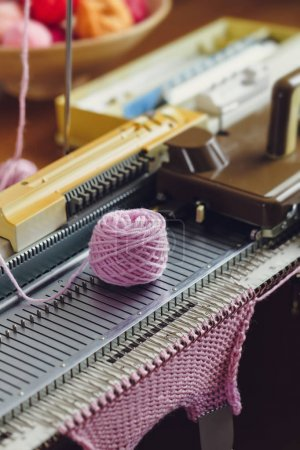 Creative Machine Knitting