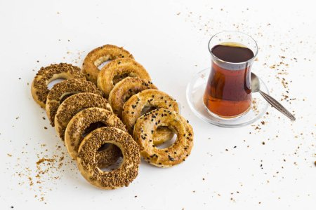 Photo for Close-up shot of delicious freshly baked turkish bagels with sesame seeds - Royalty Free Image