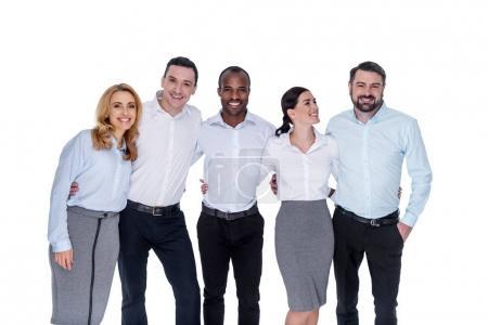Photo pour Mes chers collègues. Attrayant joyeux élégant jeunes collègues réussis souriant et câlin et une brune regardant l'homme barbu - image libre de droit