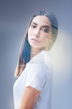 Creative young woman focusing on her thoughts