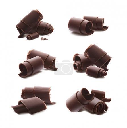 Schokolade Locken Späne isoliert auf weißem Hintergrund