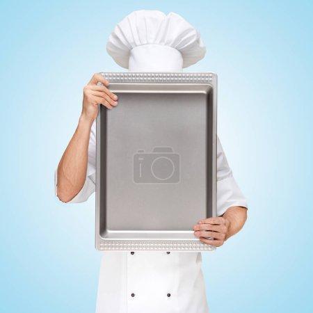 restaurant chef hiding