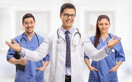 Medical team consisted of two male doctors and a female doctor
